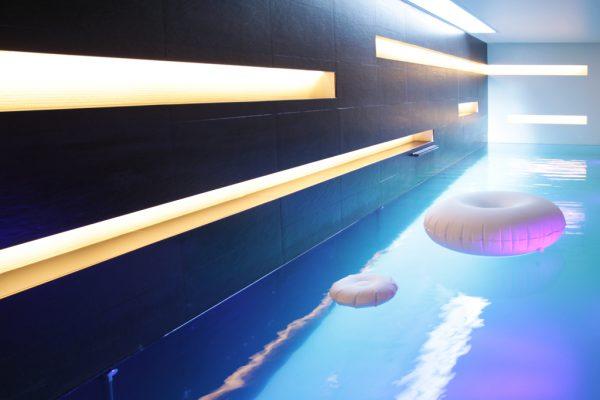 Construction de piscines d'intérieures de luxe